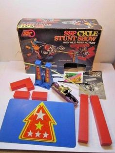 VINTAGE & RARE 1977 KENNER SSP CYCLE STUNT SHOW IN BOX MISSING CYCLE 1970'S TOY - Other