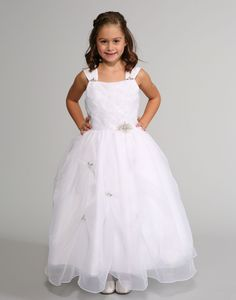 This gorgeous dress by Sweetie Pie Collection features a beautiful diamond pattern on the bodice. Each delicate organza diamond has a pearl accent in the middle. White Flower Girl Dresses, Wedding Flower Girl Dresses, Wedding Dressses, Organza Dress, Dresses For Less, Diamond Pattern, Looking For Women, Gorgeous Dress, Beautiful