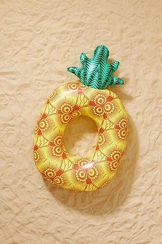 Bouée ananas pour piscine exclusivité UO