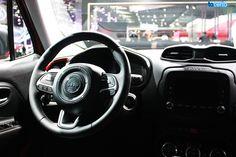 Interior do Jeep Renegade apresentado no Salão do Automóvel. http://tacerto.d.pr/nTEo