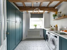 contemporary utility rooms in old house - Google Search White Wall Tiles, White Walls, George Clarke Amazing Spaces, Granite Worktops, Flagstone Flooring, Shaker Style Kitchens, Style Tile, Kitchen Styling, Room Set