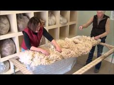 How to Skirt and Alpaca Fleece - YouTube