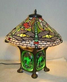 New Tiffany Style Green Dragonfly Table Lamp Stained Glass Tiffany