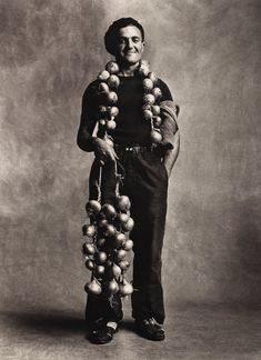 Breton Onion Seller, London, 1950. Platinum-palladium print. Photo Irving Penn.