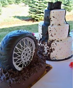 Now this is a groom cake although change it to a motorbike wheel!