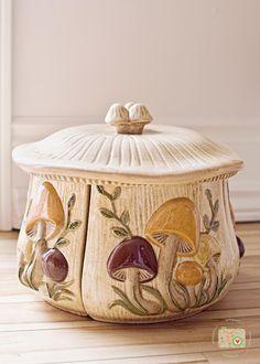 vintage mushroom canister set, OMG