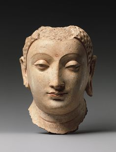 Head of Buddha [Afghanistan], about centuries, stucco with gesso traces of paint, now in the Metropolitan Museum, New York Buddha Kunst, Buddha Art, Buddha Statues, Buddha Head, Angel Statues, Buddha Sculpture, Art Sculpture, Art Premier, Religion