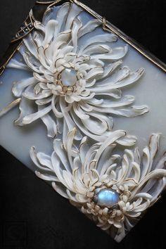 Clay Jewelry, Jewelry Art, Antique Jewelry, Jewelry Accessories, Vintage Jewelry, Fashion Accessories, Fashion Jewelry, Jewelry Design Drawing, Art Nouveau Jewelry