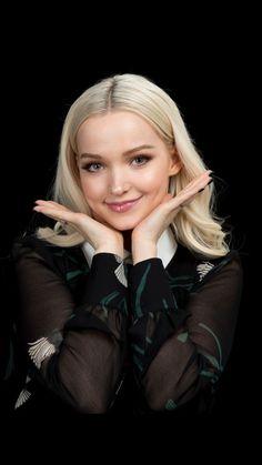 Cameron Boyce, Liv Y Maddie, Dove Cameron Style, Hairspray Live, Disney Actresses, Thomas Doherty, Hogwarts, Sofia Carson, Sabrina Carpenter