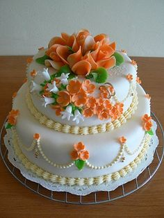 Birthday Cake Write Name, Birthday Cake Writing, Birthday Sheet Cakes, Birthday Cupcakes, Cake Decorating Frosting, Cake Decorating Designs, Creative Cake Decorating, Creative Cakes, Happy Birthday Cake Pictures