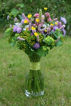 Spring Bouquet, Bouquets, Glass Vase, Herbs, Home Decor, Flowers, Homemade Home Decor, Bouquet, Herb