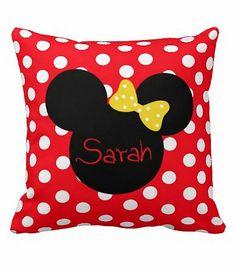Personalized Minnie Mouse Pillow Minnie Mouse von MamaGooseBoutique, $32.99