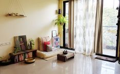 """""""Jayati and Manali share their home tour as the science home décor - A study room decorated with book shelf, green plants, frames and vintages India Home Decor, Ethnic Home Decor, Asian Home Decor, Indian Bedroom Decor, Indian Room, Sala Indiana, Relaxation Room, Relaxing Room, Indian Home Interior"""
