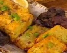 Súper deliciosas tortillas de papa, verdeo y jamón cocido en budinera