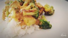 I am a HUUUGE fan of Oscar Umahro cadogan. He makes the most amazing healthy food – that actually tastes good too 🙂 He is a very inspirering man and i have… Chicken Broccoli, Risotto, Peanut Butter, Healthy Recipes, Meat, Vegetables, Ethnic Recipes, Recipe Chicken, Food