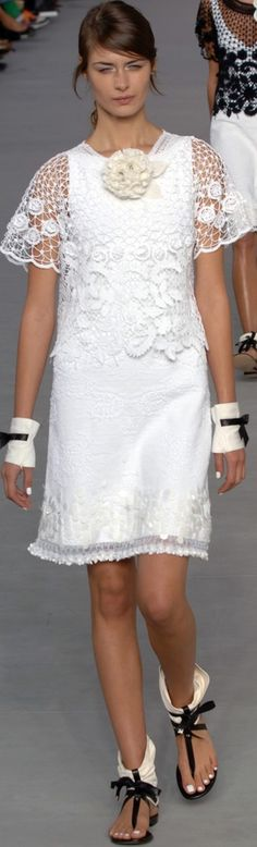 Chanel Spring 2006 ( I like this, but would prefer without the big flower on top)