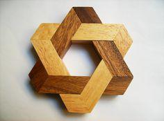 Resultado de imagen para 3d  Atom In Wood