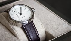Xetum men's watch: Stinson, white dial on brown leather strap.