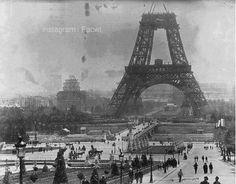 من الماضي - برج ايفل اثناء الانشاء