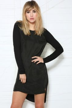 Cope Woven Jersey Mix Dress at Urban Outfitters 2015 Hairstyles, Hairstyles With Bangs, Pretty Hairstyles, Blonde Bangs, Urban Outfitters, Suki Waterhouse, Mid Length Hair, Hair Affair, Grunge Hair