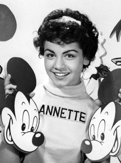 annette funicello in the Mickey Mouse club Disney Fun, Disney Mickey Mouse, Disney Magic, Disney Movies, Disney Stuff, Annette Funicello, Vintage Tv, Vintage Disney, Original Mickey Mouse Club