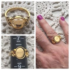 Gold plated turning spinner ring with two faces! Very cool, unique ring with a spinning insert that you can wear with either design facing up. The designs look like Chinese characters (I don't know what, if any, meaning they have). Approximate size 8. In excellent condition, shiny gold finish with no signs of wear. Bundle with 2 other items for combined shipping and automatic 25% discount before checking out! Jewelry Rings