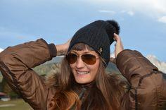 Gönne Dir ein Luxus-Stück aus Kaschmir! Sunglasses, Fashion, Cashmere, Luxury, Moda, Fashion Styles, Sunnies, Shades, Fashion Illustrations
