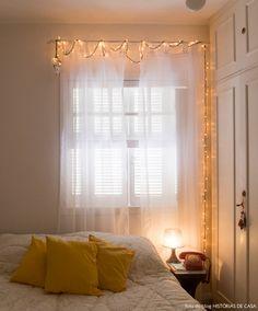 Geralmente os imóveis alugados vem com lâmpadas frias. que tal trocar por lâmpadas que deixam o ambiente mais aconchegante? Você também pode usar abajures e luzinhas de pisca que dão um charme todo especial!