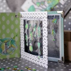 Mix Media, Diy Mini Album, Mini Albums Scrapbook, Diy And Crafts, Paper Crafts, Diy Flowers, Frame, Cards, Inspiration