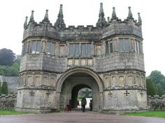Here you can see the grand gatehouse to Lanhydrock House in Cornwall, England