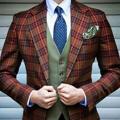 Suits And Boots aim to redefine the way we have been looking at customized suits. We provide tailor-made bespoke men's suits in Doha Qatar. Estilo Dandy, Gentleman Mode, Gentleman Style, Gentleman Fashion, Vintage Gentleman, Dapper Gentleman, Look Gatsby, Style Costume Homme, Mens 3 Piece Suits