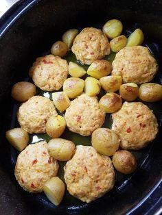 #Κοτομπιφτέκια με πατάτες baby στη γάστρα #cookpadgreece