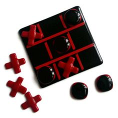 Fused glass naughts & crosses / Tic Tac Toe