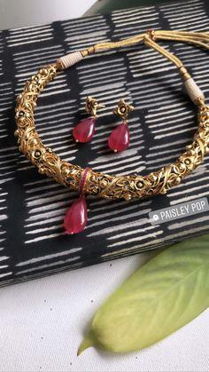 Antique Jewellery Designs, Fancy Jewellery, Gold Jewellery Design, Bridal Jewellery, Antique Jewelry, Gold Jewelry, Jewelery, Gold Necklace, Jewelry Design Earrings