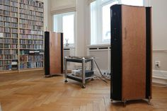 Audiophile High End Listening Equipment