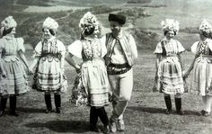 Folk Costume, Costumes, Heart Of Europe, European Countries, Pagan, Embroidery Patterns, Mythology, Nostalgia, Culture