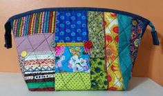 Necessaire feito com retalhos de tecidos e fitas by Lu Buluka.