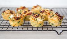 Savoury cheesy muffins with spinach, sun-dried tomatoes, feta and herbs Savory Muffins, Cheese Muffins, Cheese Snacks, White Cheese, Savoury Baking, Cereal Recipes, Lunch Snacks, Dried Tomatoes, Sun Dried