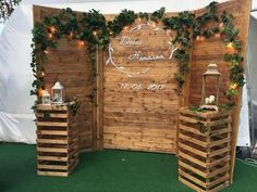 Rustic (quinceanera decorations rustic) is part of Rustic wedding photos - Rustic Wedding Photos, Rustic Wedding Backdrops, Rustic Backdrop, Wedding Decorations On A Budget, Photo Booth Backdrop, Diy Wedding, Backyard Decorations, Pallet Backdrop, Pallet Wedding