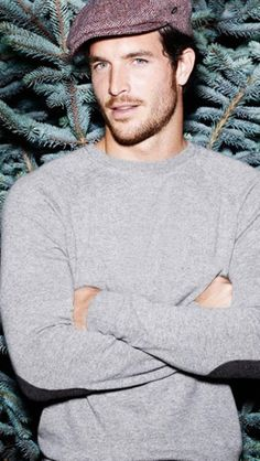 Riley Kincaid- SnowDancer lieutenant, mated to Mercy (Justice Joslin)