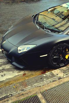 Matte black Aventador | Inspiration DE