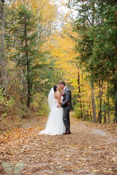 Bride and Groom   Halton Region Museum, Milton   Guelph Wedding Photography   Ashley Renee Photography