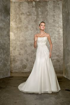 2012 Collection New Arrival Wedding Dresses Hot Selling Wedding Dresses A Line