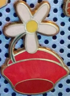 View Pin: Character Hats Mystery Pin Set - Minnie Mouse