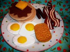 Fun Felt Food Play set - Deluxe Breakfast Grand Slam - Look How Adorable - yummy. $17,95, via Etsy.