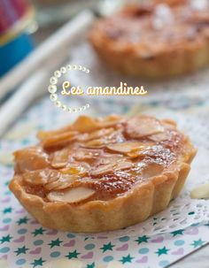 Ce are very good tartlets and especially . Almond Recipes, Baking Recipes, Snack Recipes, Dessert Recipes, Apple Snacks, Desserts With Biscuits, Baked Chicken Recipes, Sweet Tarts, Quiches