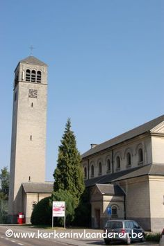 Sint-Lutgardiskerk Tongeren  Adres (bij benadering) : Blaarstraat 43 B-3700 Tongeren, Dekenaat: Tongeren, Bisdom: Hasselt