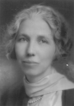 Bess Streeter Aldrich (1881 - 1954) --author of With a Lantern in her Hand