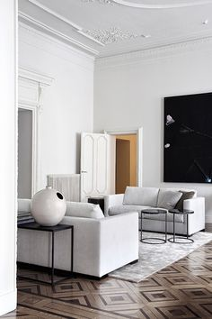 Home Interior 2019 White living room.Home Interior 2019 White living room