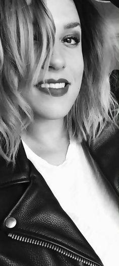 Lzzy Hale ✾ of Halestorm Country Female Singers, Josh Smith, Lzzy Hale, Women Of Rock, Halestorm, Metal Girl, Metalhead, Woman Crush, Hyde